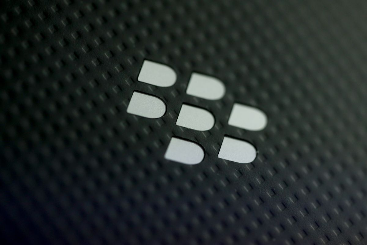BlackBerry Beats Sales Estimates as Software Push Pays Off
