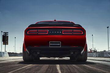 Meet the 840-Horsepower Dodge Challenger SRT Demon - Bloomberg