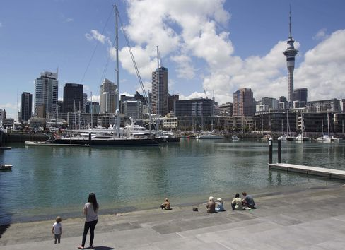 New Zealand's GDP Growth Slowing in Second Half, Treasury Says