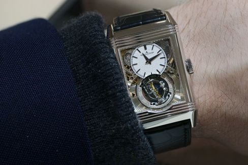 The reduced size make this watch a lot more wearable than some other grand complications.