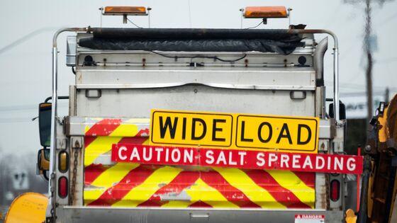 Texas' Gas-Export Clampdown Shocks Market as Blackouts Ebb