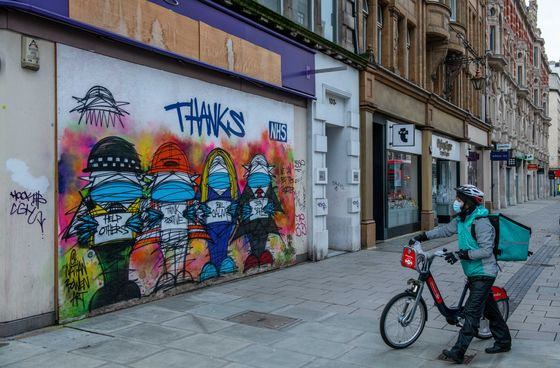 London's Oxford Street Faces 'Boarded Up' Future, Retailers Warn