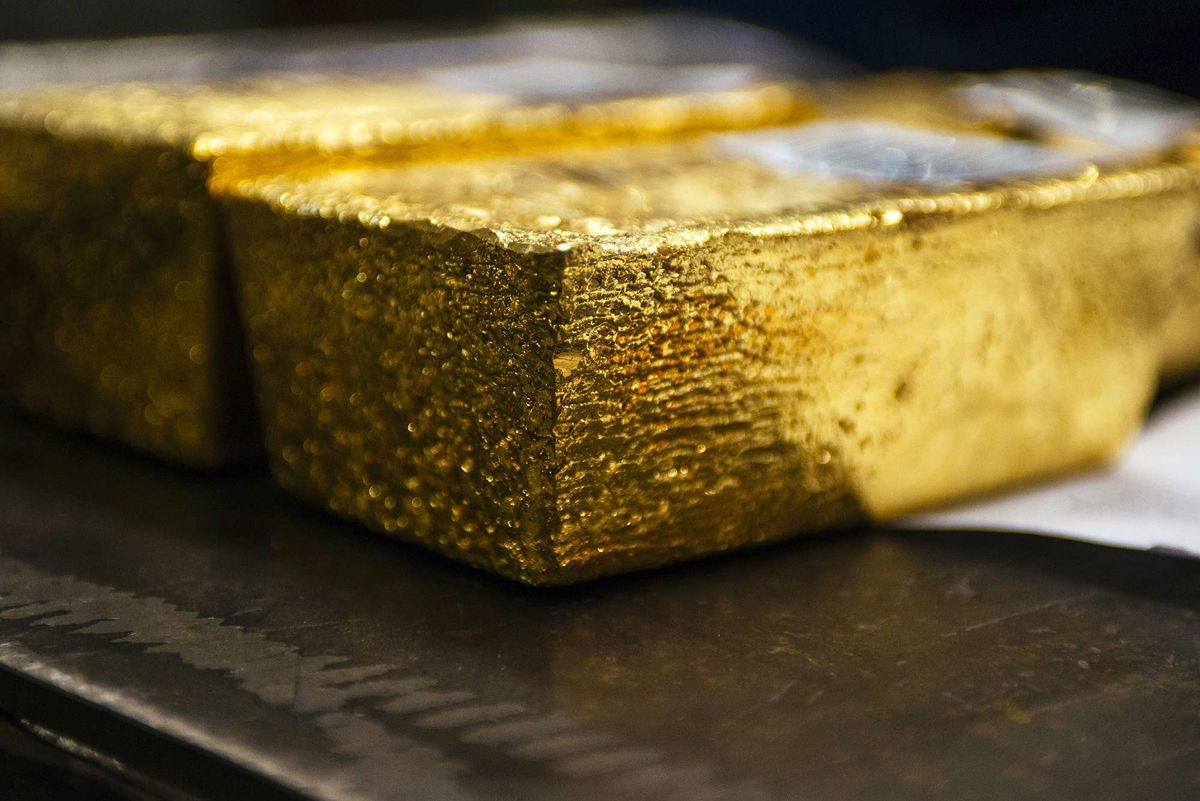 Australia Just Ramped Up Super-Pit Fight Between Top Gold Miners ...