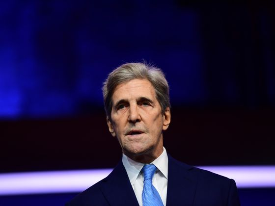 U.S. Climate Envoy Kerry Warns Glasgow Is Last Chance for Action