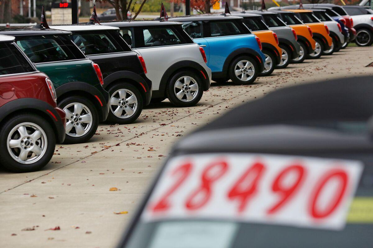 Trump Blasts 'Very Bad' German Carmakers Over U.S. Sales