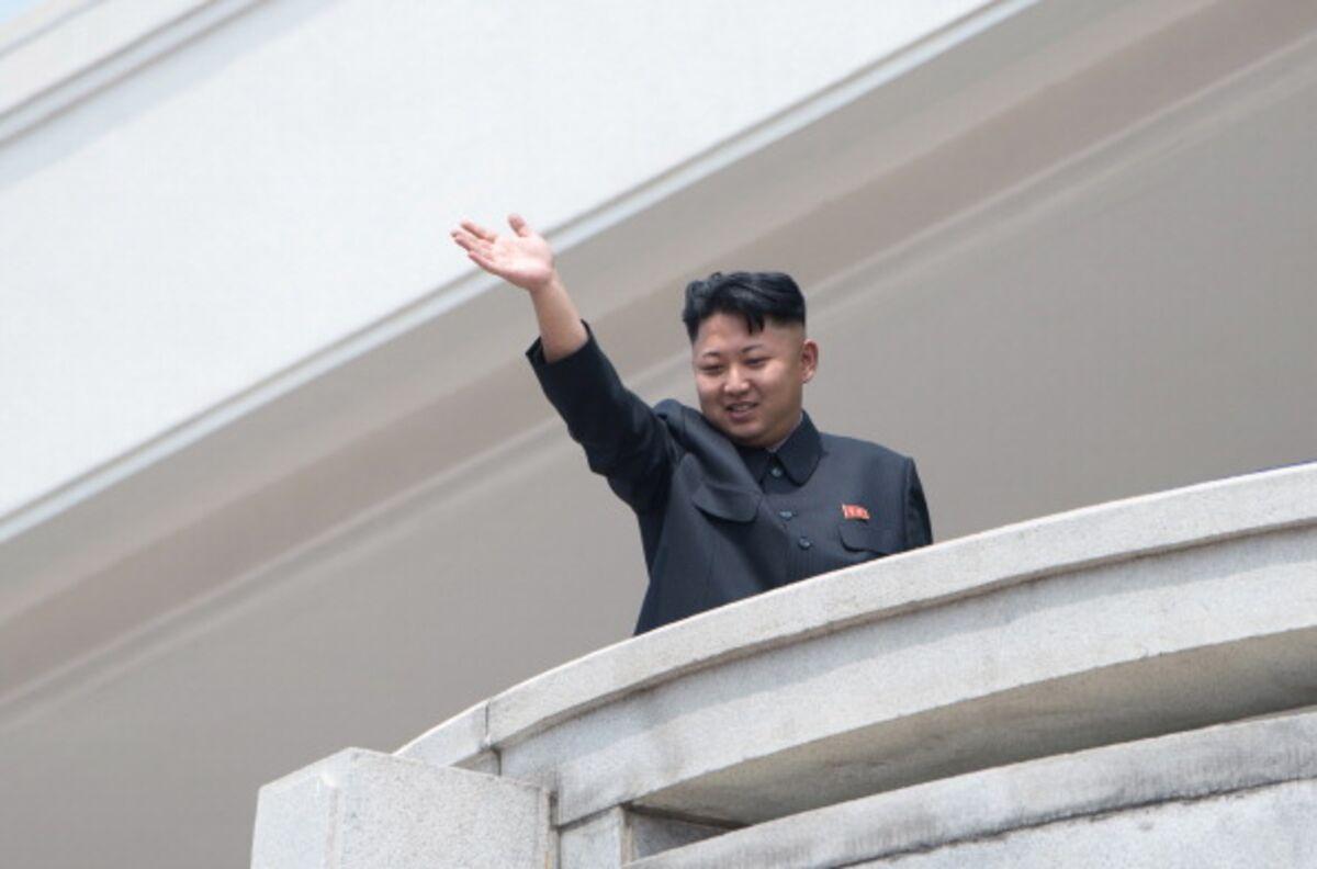 Kim Jong Un Is Ready for His Closeup