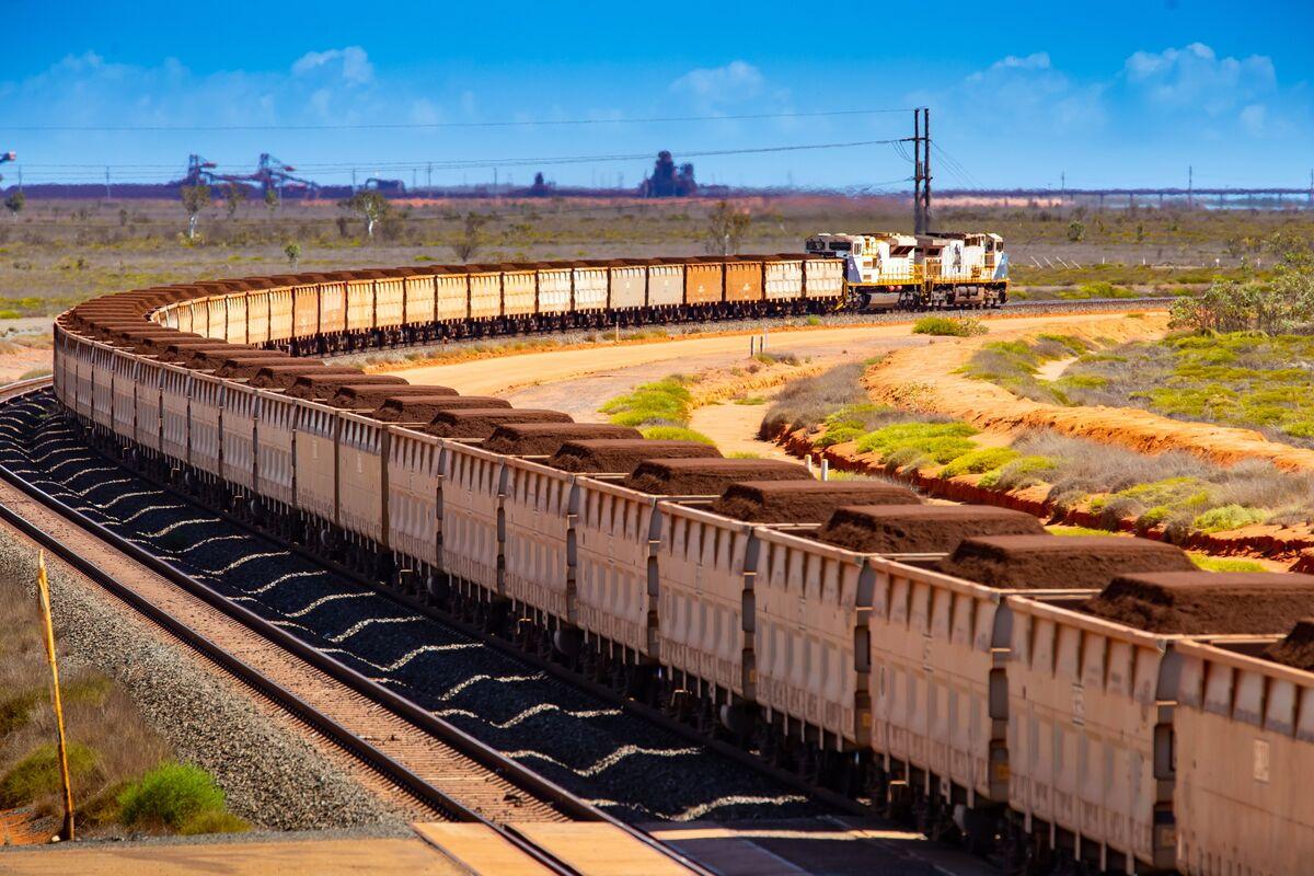 China Puts Australia on Notice With Push to Diversify Iron Ore