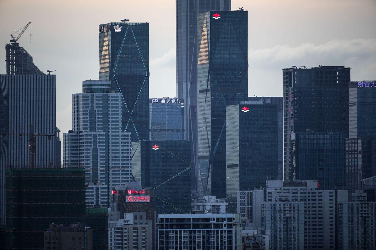 Hong Kong Cozies Up to Shenzhen to Create Future Tech Giants