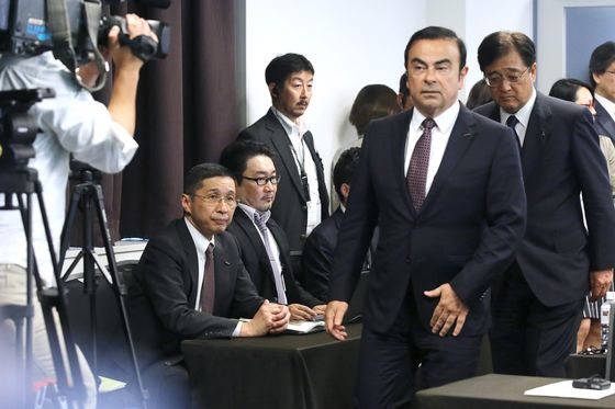 Nissan CEO Who Oversaw Ghosn's Downfall Testifies in Court