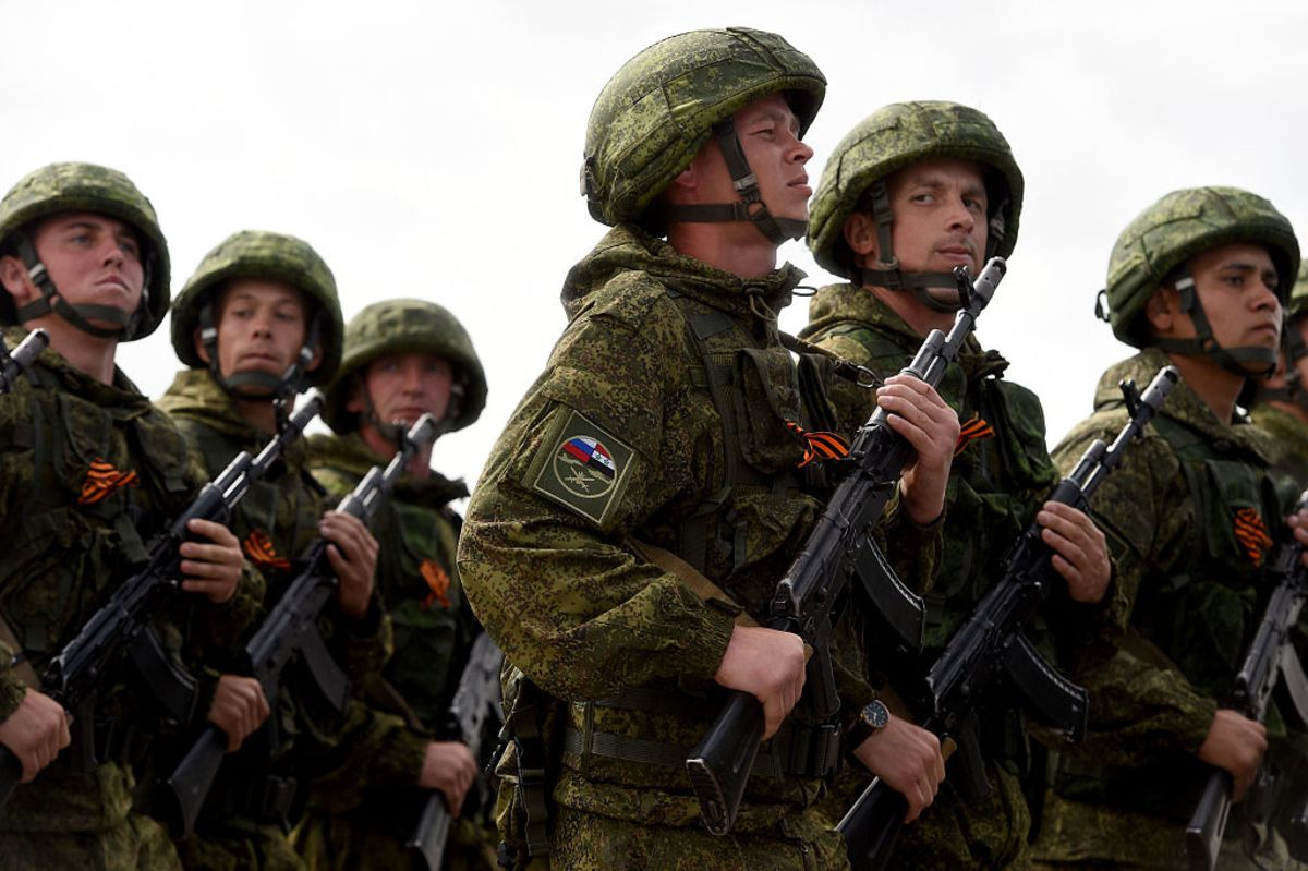 Russia Attacked Us Troops In Syria Bloomberg U S Soldiers Develop High Tech Gadget For Better Night Vision