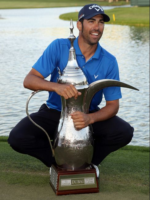 Quiros Wins Dubai Desert Classic; Woods Slips in Final Round