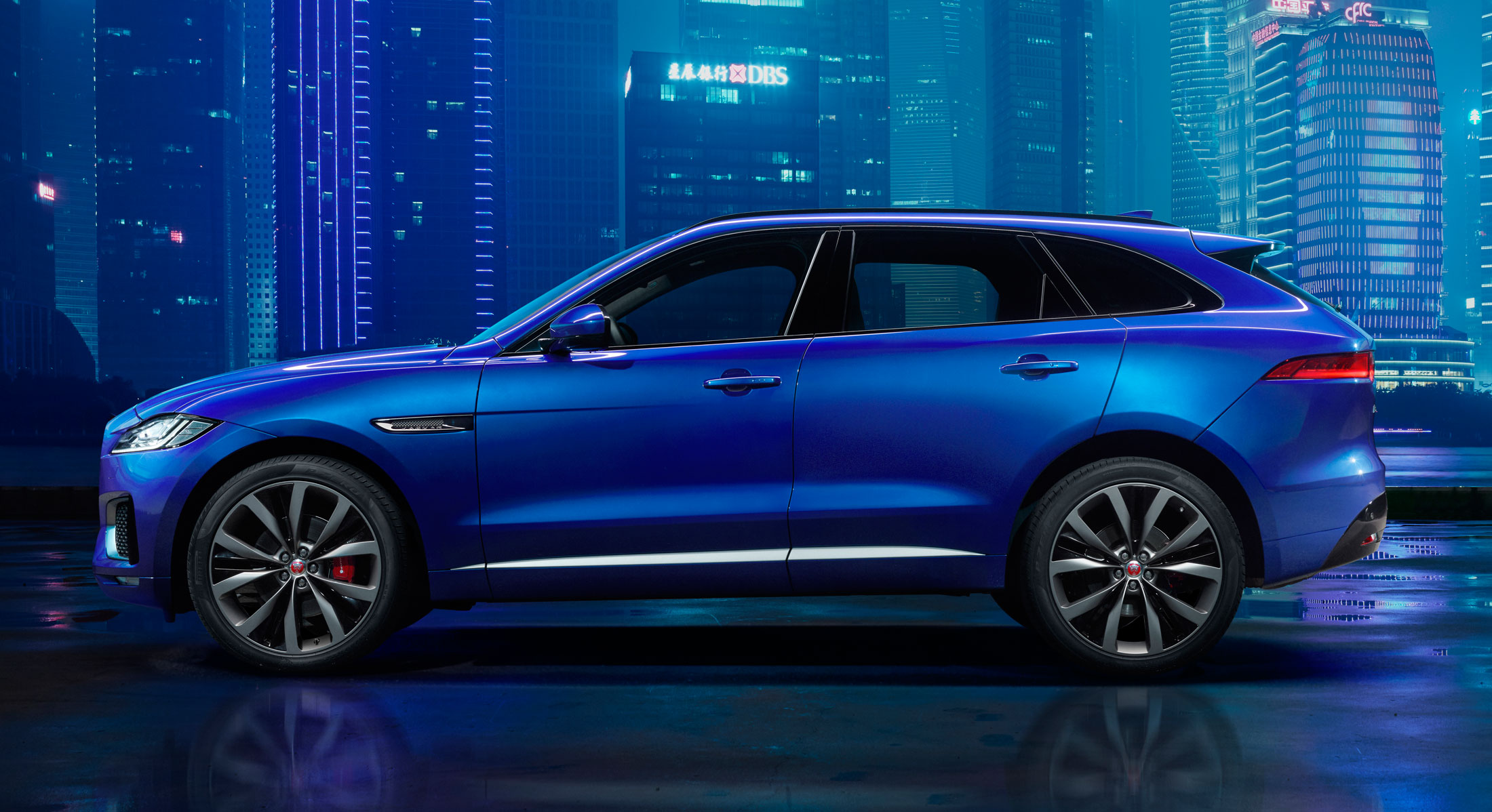 Jaguar Is The Hottest Car Company In America Bloomberg - All jaguar