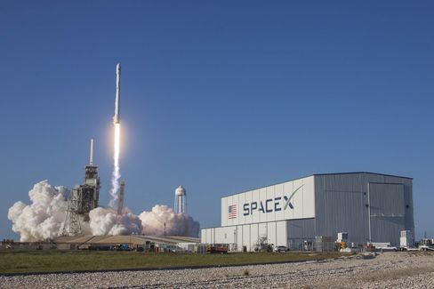 1490937634_space x launch ses 10