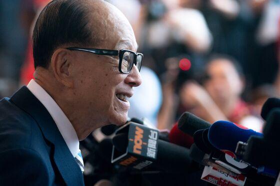 Li Ka-shing Says U.S., China Should Find a Way Out of Disputes