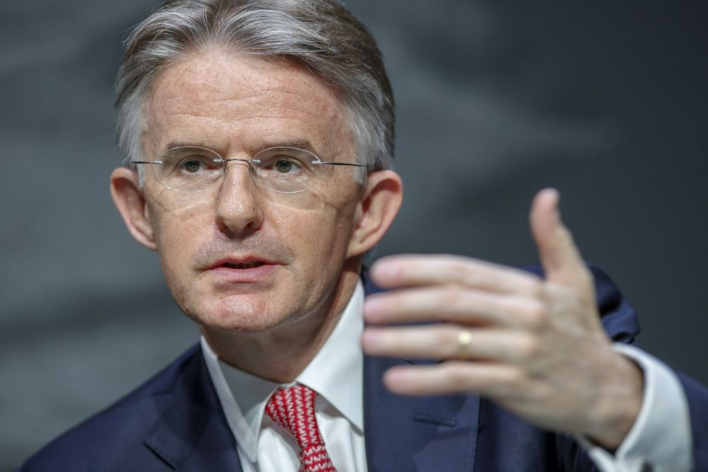 West Wants to See China `Contained,' Says HSBC Chief Executive