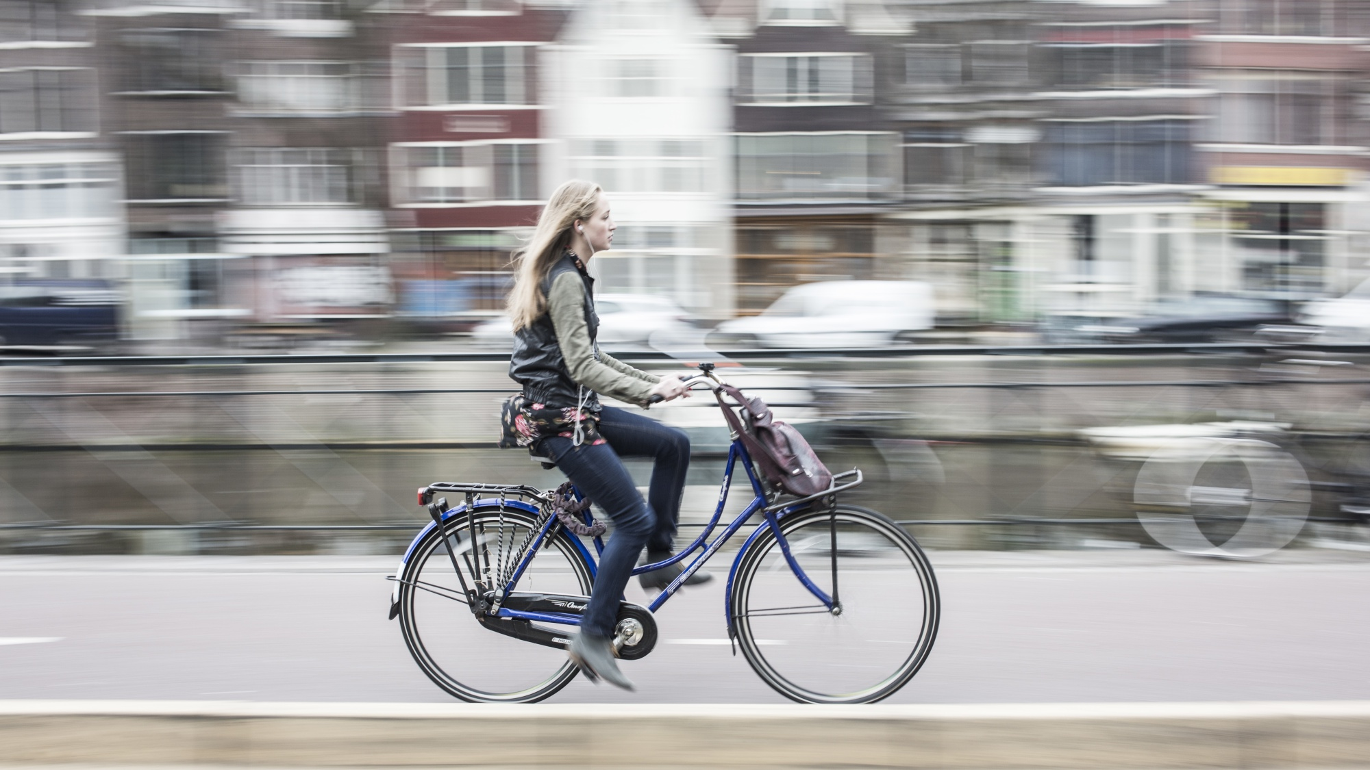 Why the Netherlands Favors the Bicycle Over the Car