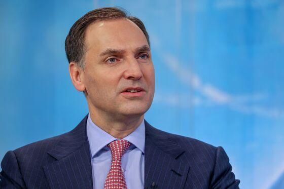 Deutsche Bank CFO Sees Robust Investment Banking Revenue