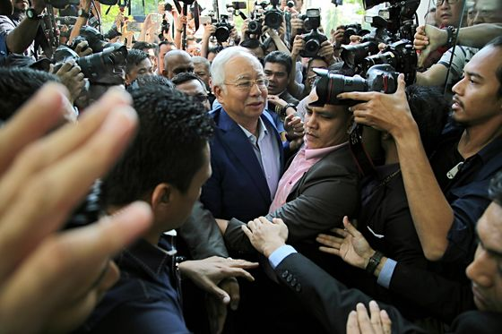 Malaysia Fails To Link $28 Million in Cash Seized From Najib Residence to 1MDB