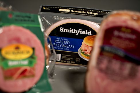 Starboard Said to Seek Group to Form Rival Bid for Smithfield