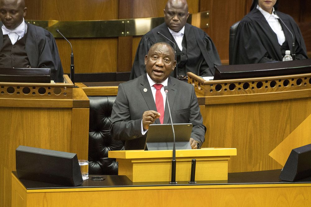 Ramaphosa Makes a Statement and Draws a Chuckle With Local Suit