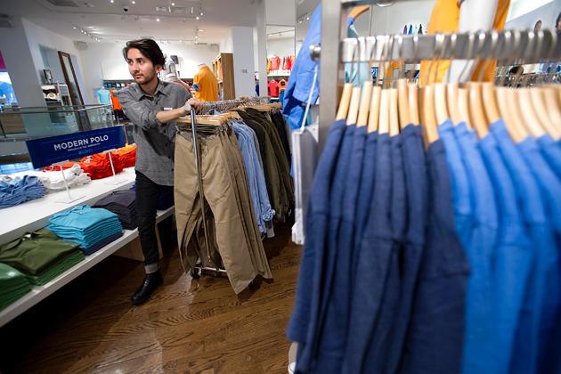 Is Gap Blaming Washington for Its September Sales Shutdown ...