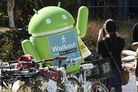 Google Shareholders and Workers Call on Board to Fix 'Diversity Crisis'