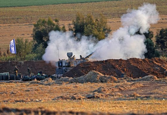 Israel Trades Fire With Gaza as Clashes Spread to West Bank