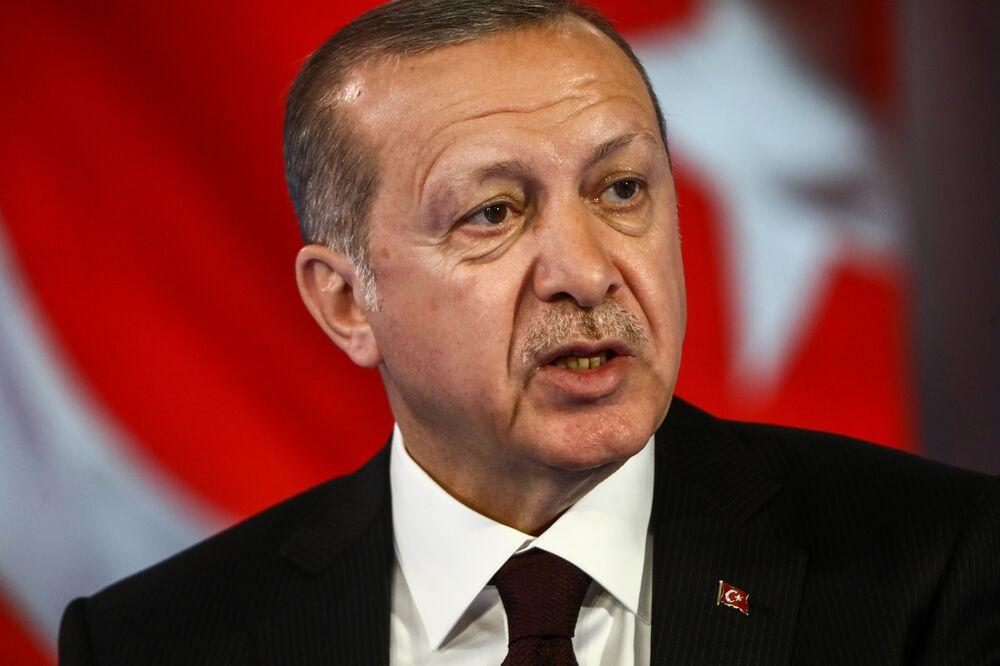 トルコ大統領、経済と金融政策の...