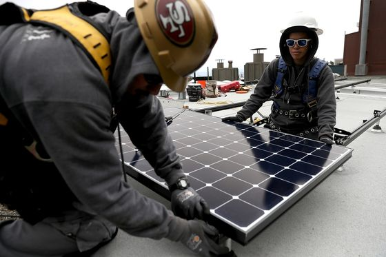 Fight Over Solar Subsidy Tests California's Climate Commitment