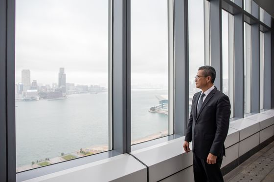 Hong Kong Explores SPAC Listings to Get In on Deal Boom