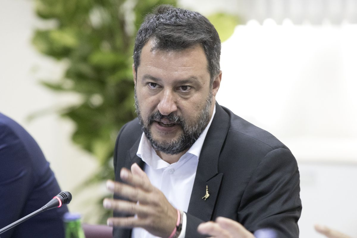 Salvini Keeps Immigration Front and Center Before Crucial Vote