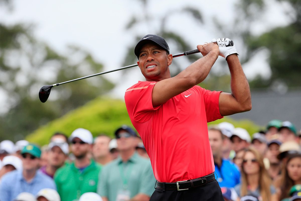bloomberg.com - Gerry Smith - Tiger Woods Crash Echoes Across Golf Industry That He Defined