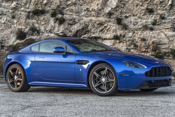 Aston Martin Vantage V8 Gts Coupe Review Bloomberg