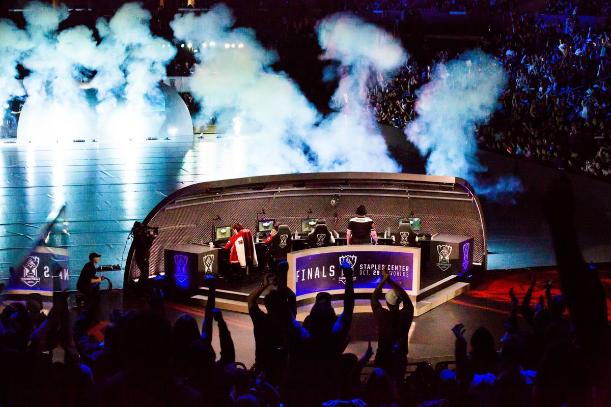 Warriors, Cavaliers Join Riot Games' NBA-Heavy Esports League