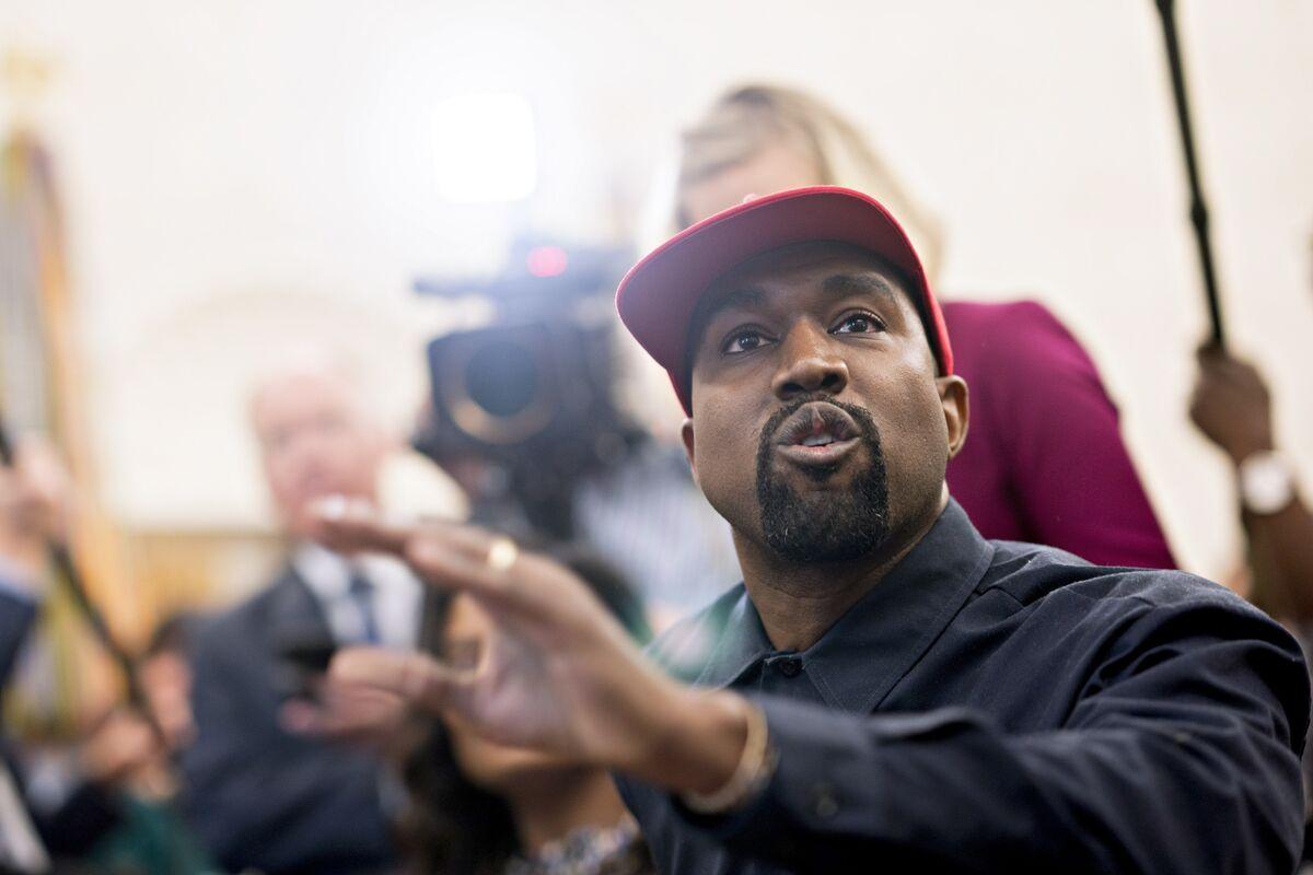bloomberg.com - Derek Wallbank - Kanye West Says He's Running for President and Twitter Explodes