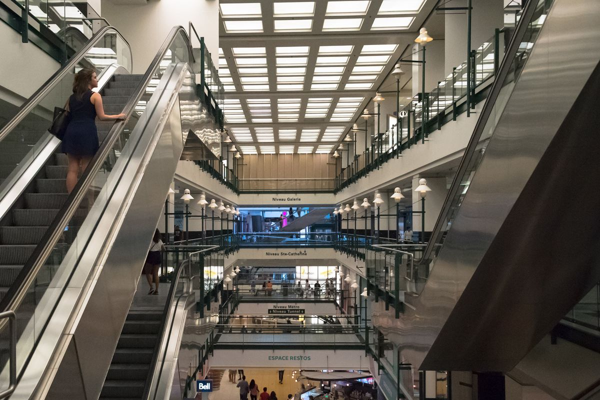 Caisse de Depot to Sell One-Third Of Malls Amid E-Commerce Hit