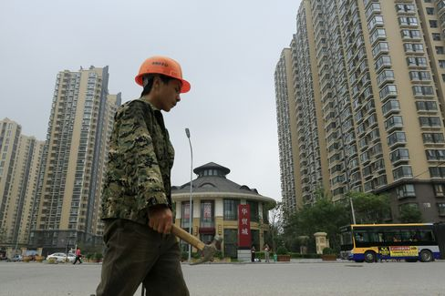 China Developers Chase Wealthy Locals Abroad Amid Curbs at Home
