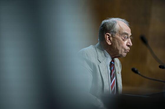 Senate's Chuck Grassley, 88, to Run Again, Buoying GOP's Hopes in 2022