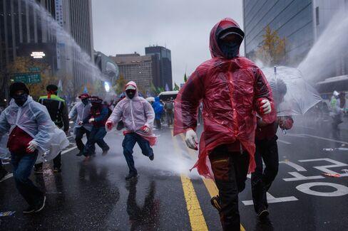 SKOREA-POLITICS-PROTEST