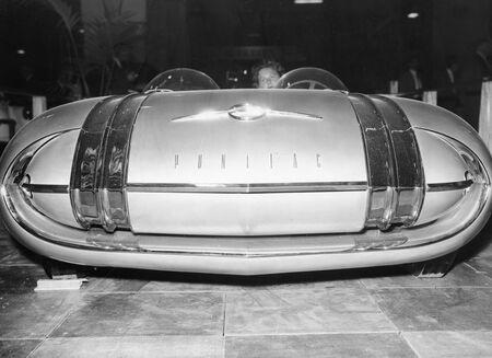 Pontiac's Club de Mer on Oct. 15, 1957.