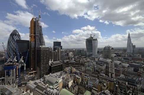 London Commercial Property Purchases Jump on Foreign Investment