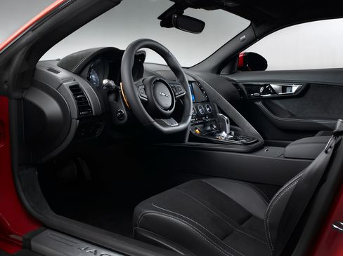The interior of the F-Type S is wrapped in alcantara and leather trim, with contrast stitching and metal pedals (on the Performance Package).