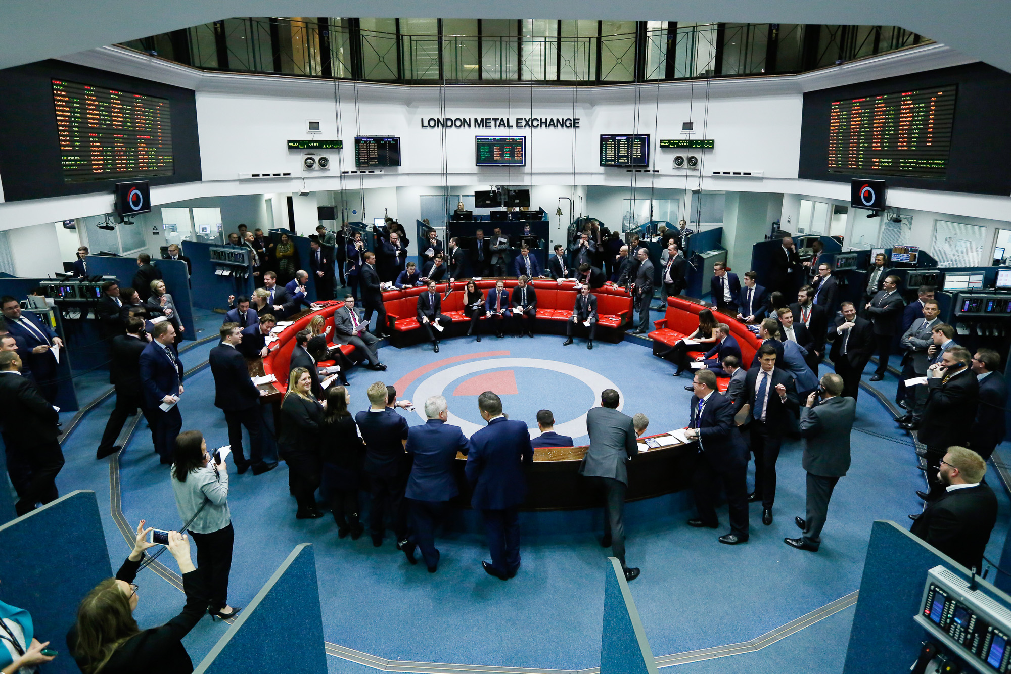 Lme Final Trading Session Photos Bloomberg