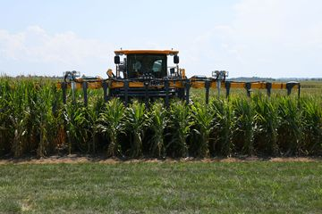 Wave of New Tech Firms Targeting Farms in Weather Wars