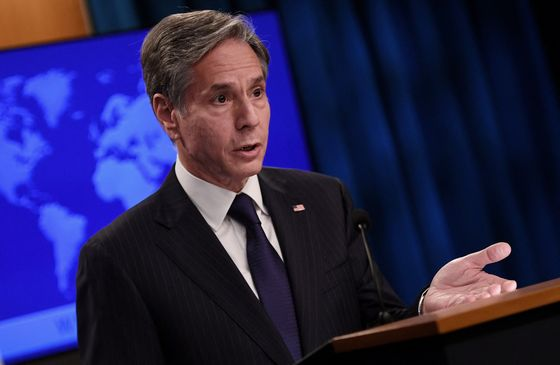 Blinken Says 'Hard to See' Aid to Taliban If They Block Exits