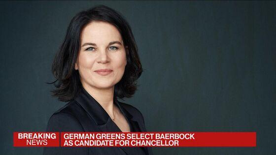 German Greens Show Up Merkel's Bloc With Baerbock for Chancellor