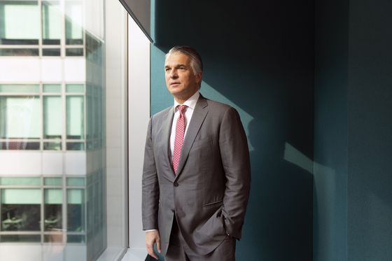 UBS's Ermotti Seeks to Quell Investor Concern With Target Revamp