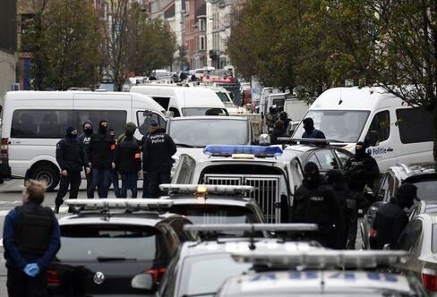 Police operation in Molenbeek on November 16, 2015