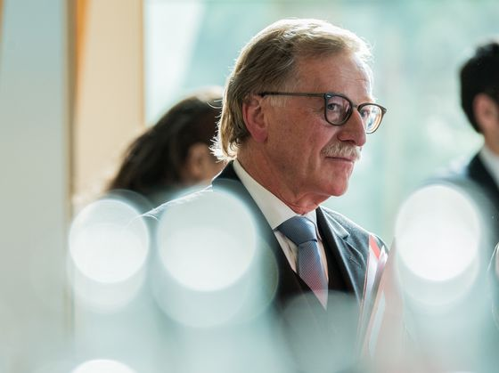 ECB's Mersch Says Emergency Powers Must Be Temporary: Interview