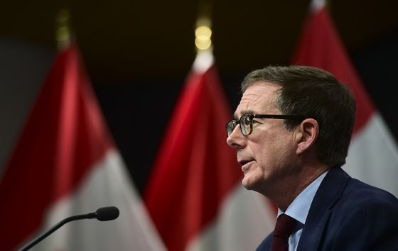 Macklem Says Canadian Economy Has Enough Stimulus for Now